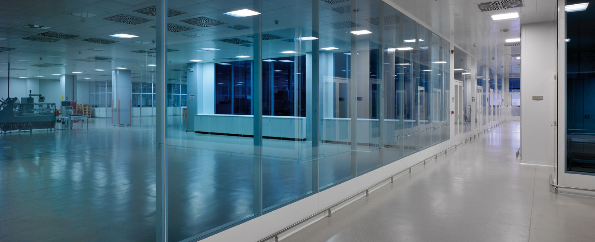 Clestra Cleanroom : Cloison pour salle propre